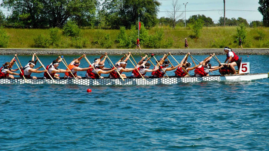 Dragonboat, Montreal > GarrettAndrewChong Photo